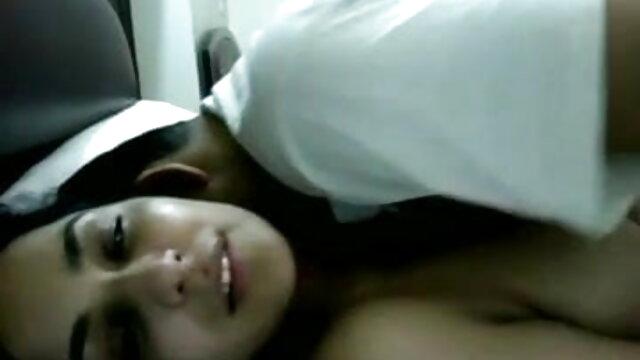 دھاری دار سٹرپٹیز فیلم سکس و سوپر ایرانی سنہرے بالوں والی