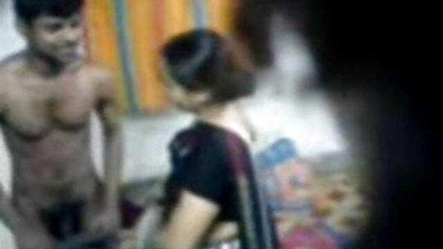 سنہرے بالوں والی کی طرح ایک دانلود سگس ایرانی bachelorette پارٹی کے کمرے میں یہ کام کرتا ہے
