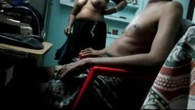 Ivana شوگر تسلیم کرتے ہیں اس کے پریمی کے پیچھے کے دروازے سے مشاهده کلیپ سکسی ایرانی